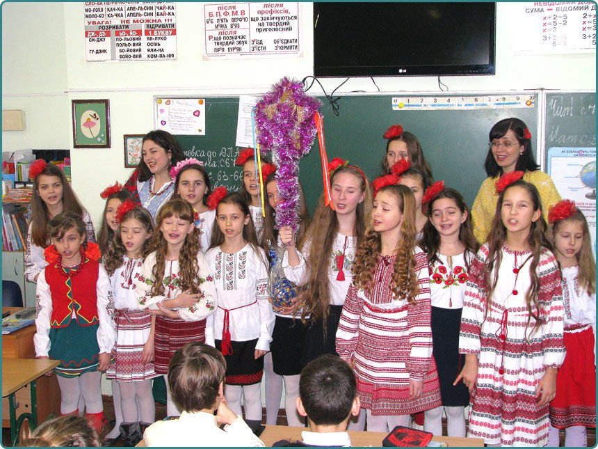 modern Ukrainian songs performed by children younger senior group choir Merry notes